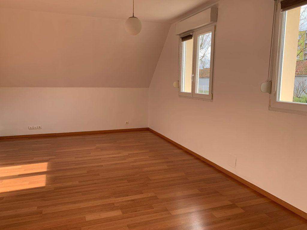 Appartement à louer 3 75m2 à Saverne vignette-3