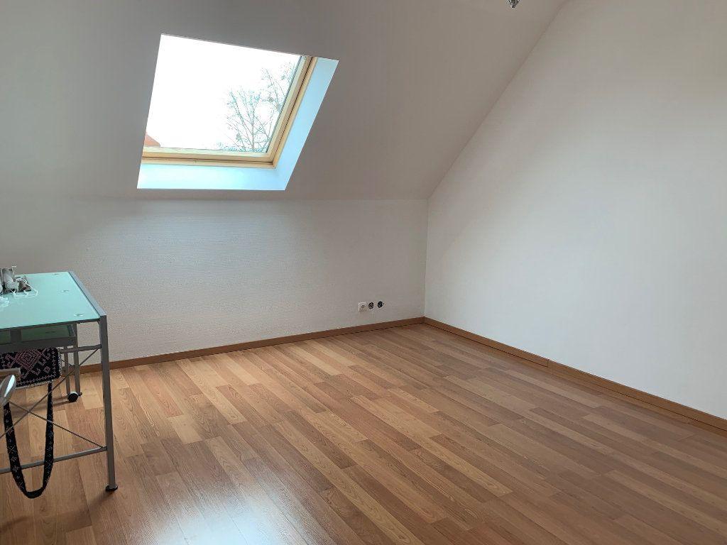 Appartement à louer 3 75m2 à Saverne vignette-4