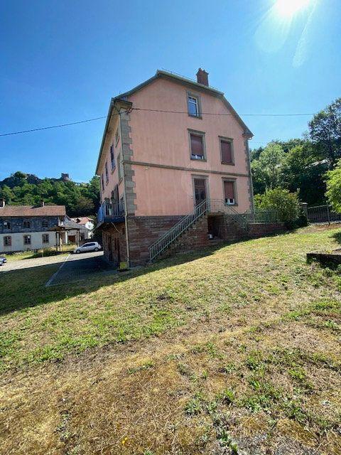 Immeuble à vendre 0 636m2 à Lutzelbourg vignette-1