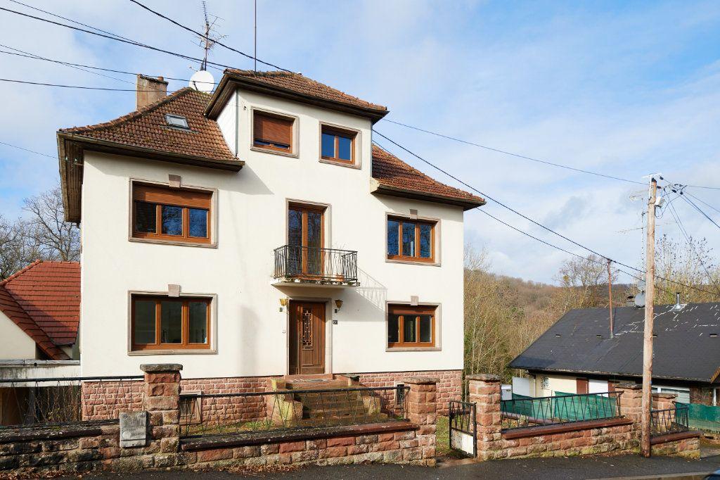 Maison à vendre 8 230m2 à Saverne vignette-1
