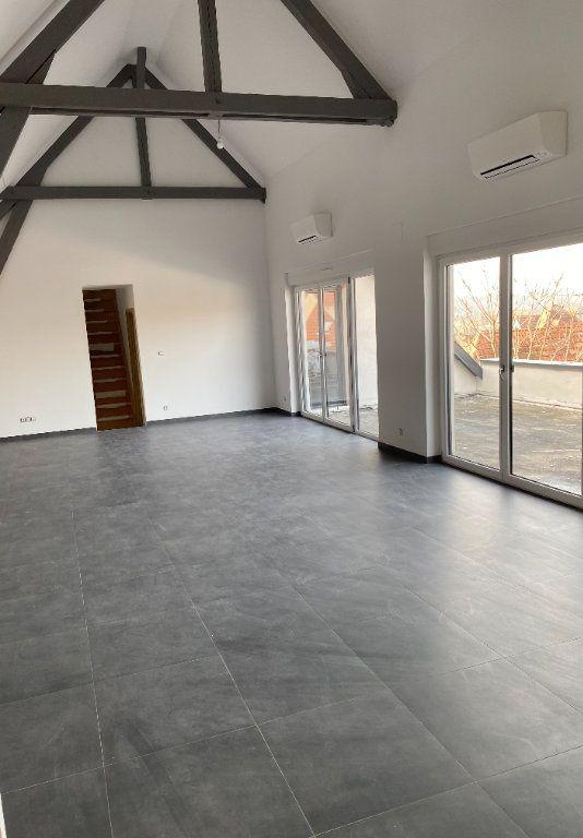 Appartement à louer 4 118m2 à Hochfelden vignette-1