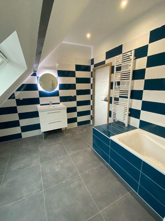 Appartement à louer 4 118m2 à Hochfelden vignette-3