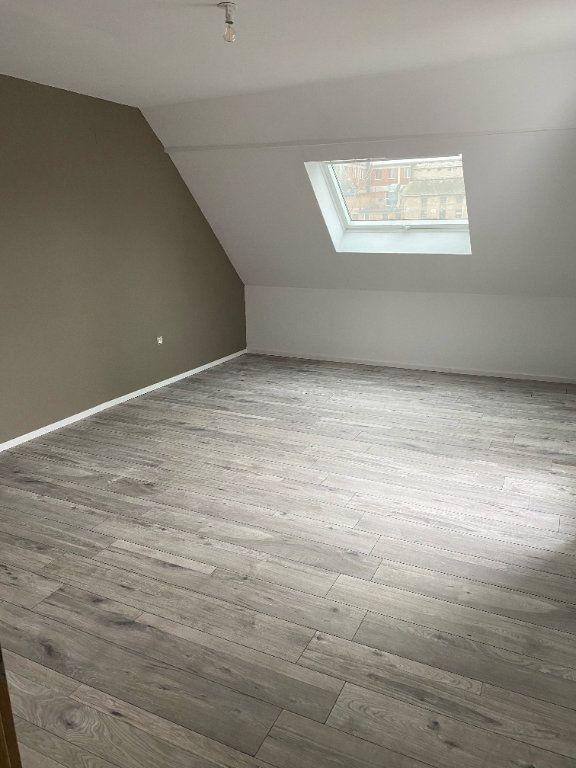 Appartement à louer 4 118m2 à Hochfelden vignette-4
