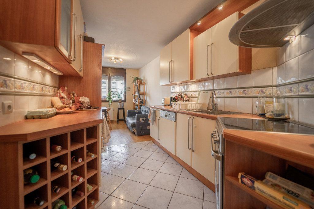 Appartement à vendre 4 98m2 à Strasbourg vignette-5
