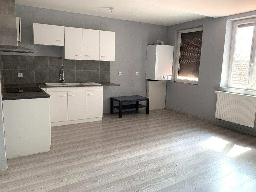 Appartement à louer 4 90m2 à Bouxwiller vignette-2