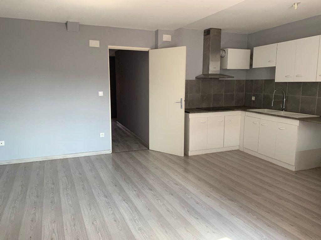 Appartement à louer 4 90m2 à Bouxwiller vignette-3