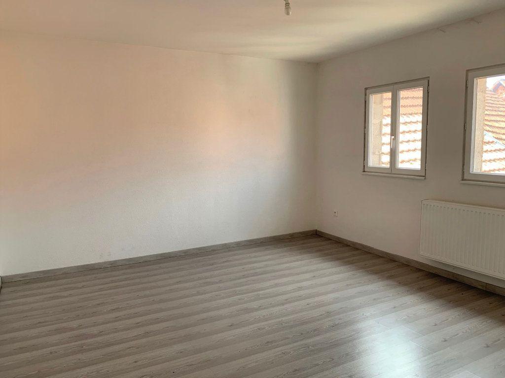Appartement à louer 4 90m2 à Bouxwiller vignette-4
