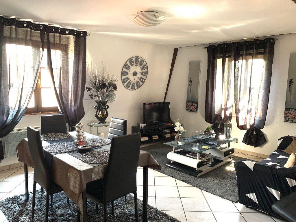 Appartement à louer 2 55m2 à Saverne vignette-1