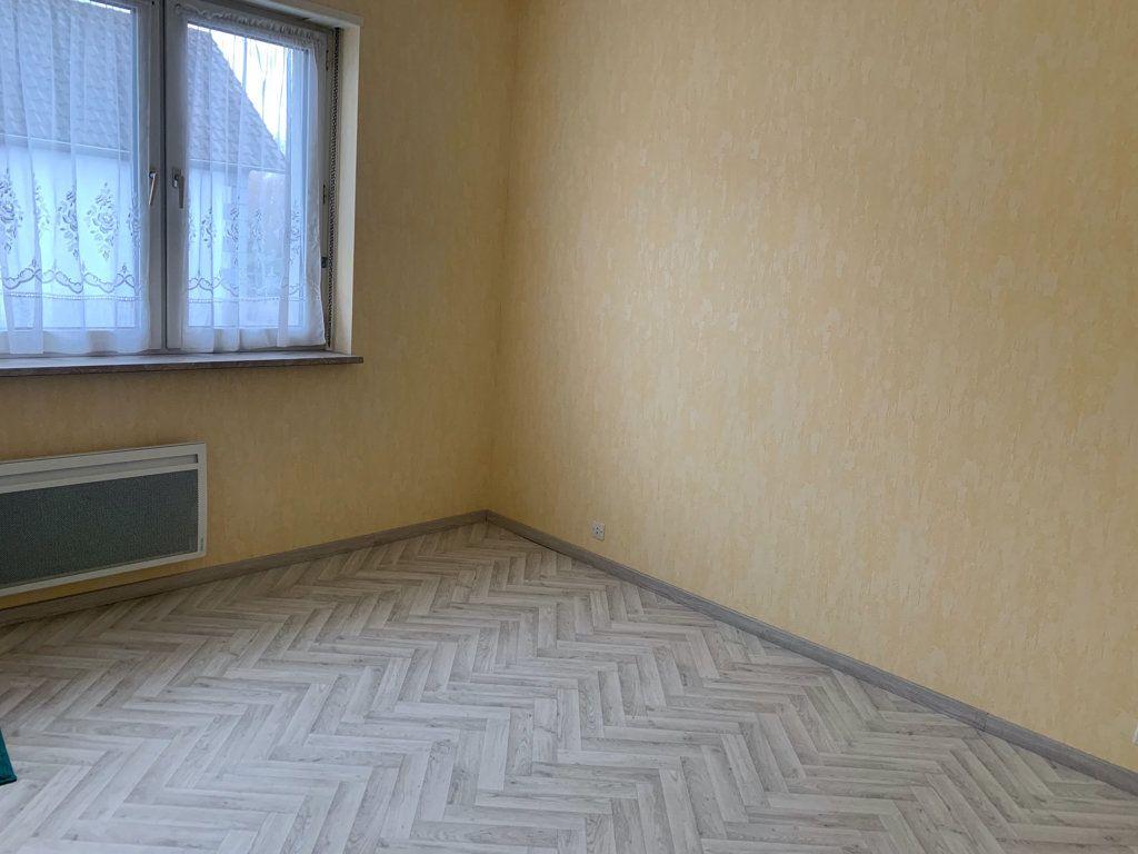 Appartement à louer 4 104.49m2 à Steinbourg vignette-5