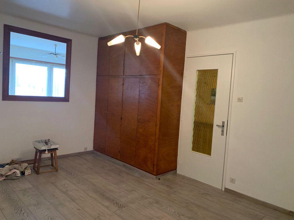 Appartement à louer 4 104.49m2 à Steinbourg vignette-6