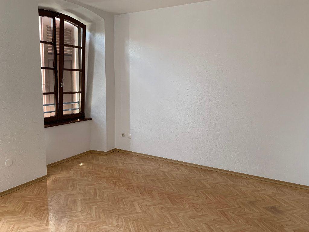 Appartement à louer 2 38m2 à Saverne vignette-2
