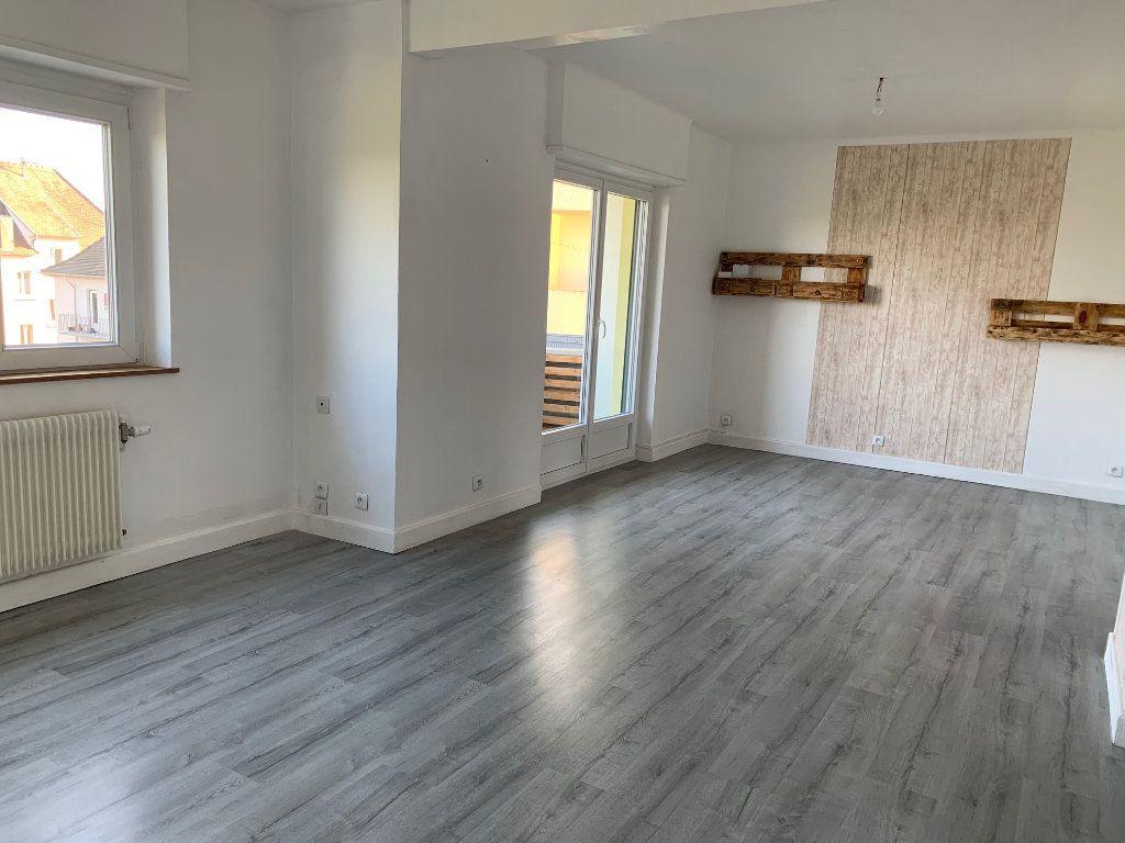 Appartement à louer 3 90m2 à Saverne vignette-2