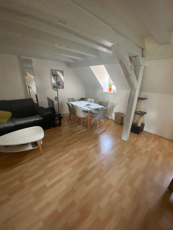 Appartement à louer 2 59m2 à Strasbourg vignette-2
