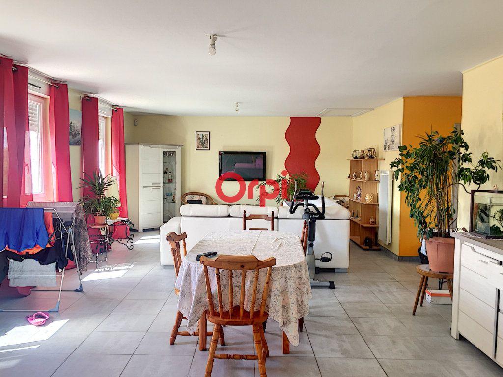 Appartement à vendre 5 131m2 à Péaule vignette-2