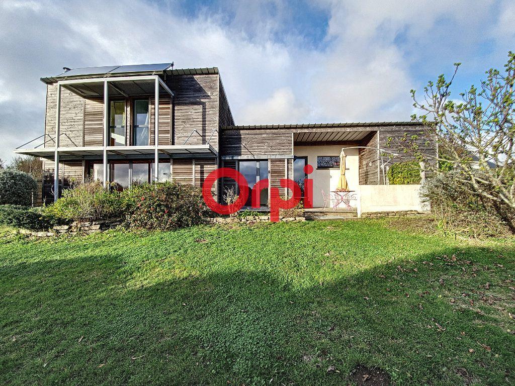 Maison à vendre 5 128m2 à Questembert vignette-1