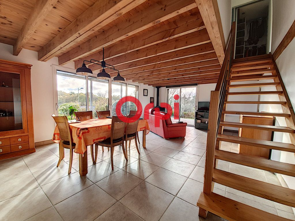 Maison à vendre 5 128m2 à Questembert vignette-4