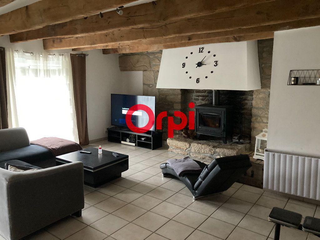 Maison à vendre 6 146m2 à Questembert vignette-2