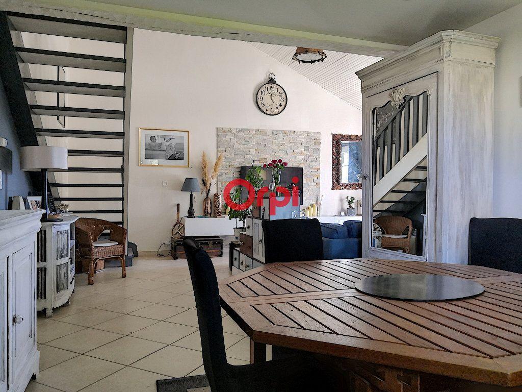Maison à vendre 5 119m2 à Muzillac vignette-2