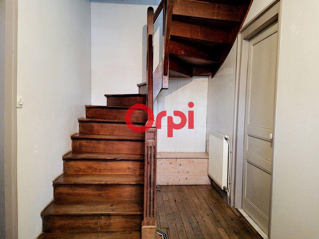 Maison à vendre 6 104m2 à Limerzel vignette-3