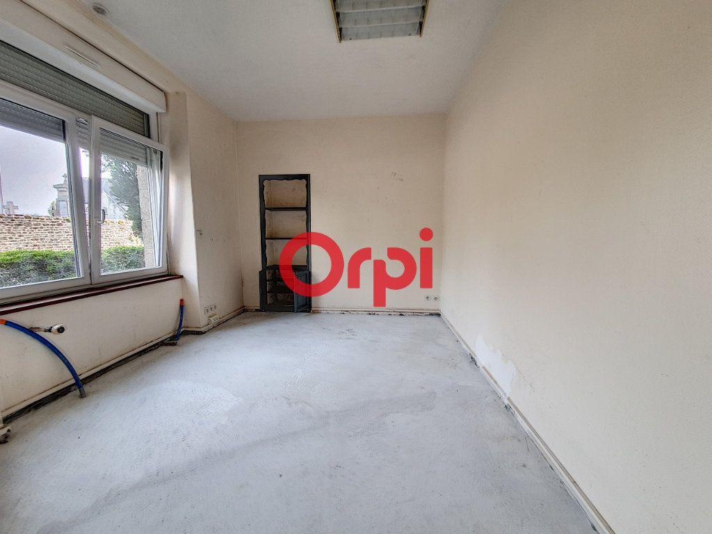 Appartement à vendre 9 189m2 à Questembert vignette-10