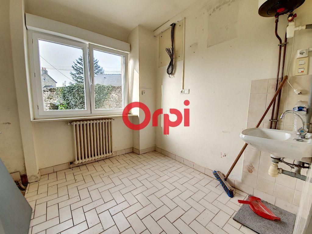 Appartement à vendre 9 189m2 à Questembert vignette-11