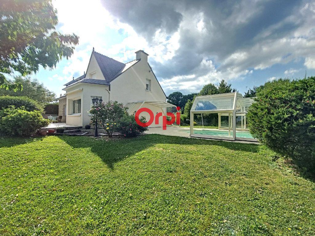 Maison à vendre 5 147m2 à Limerzel vignette-1