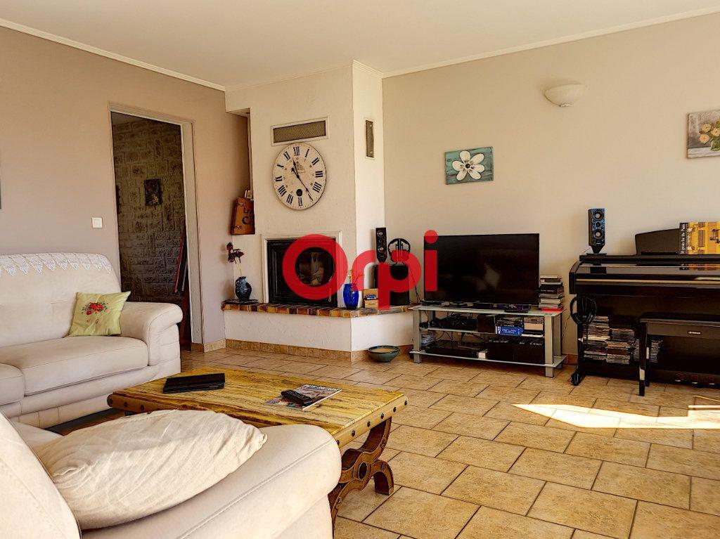Maison à vendre 5 147m2 à Limerzel vignette-5
