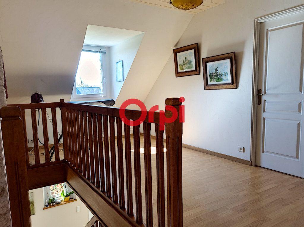 Maison à vendre 5 147m2 à Limerzel vignette-14