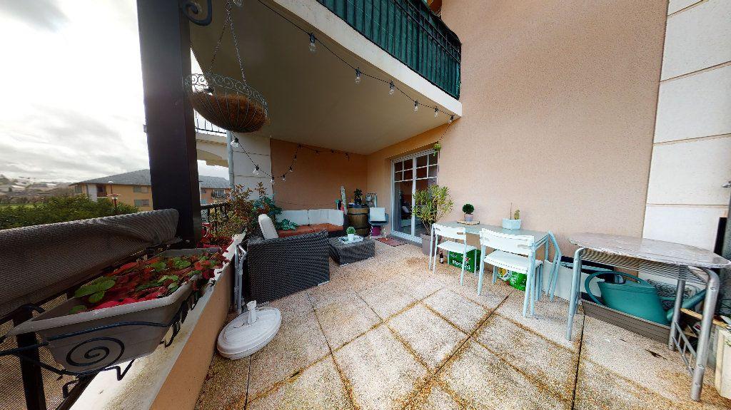 Appartement à vendre 3 63.88m2 à Rodez vignette-2