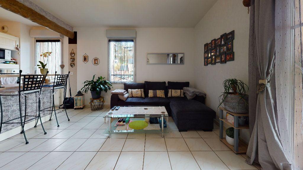 Appartement à vendre 3 63.88m2 à Rodez vignette-3