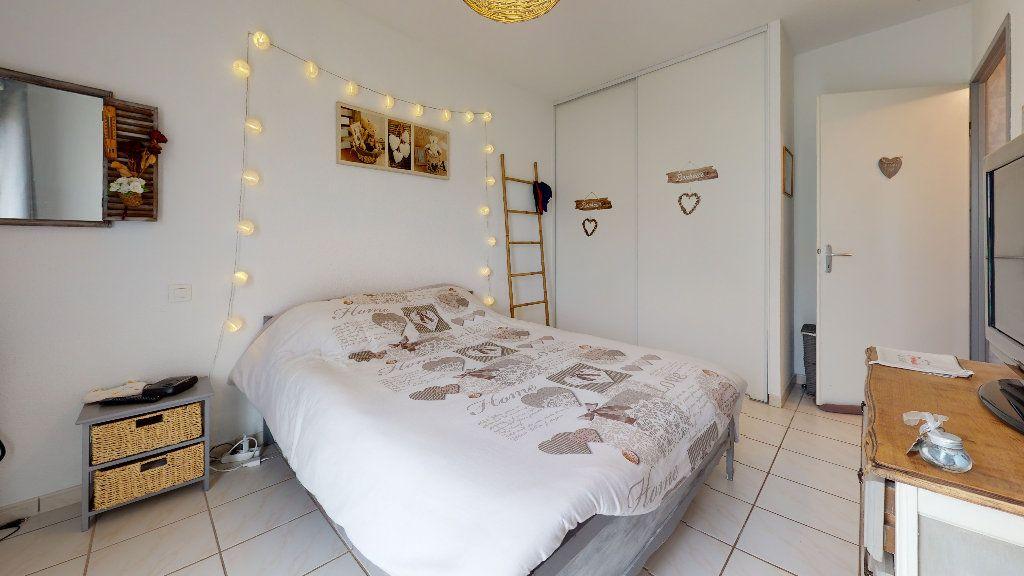 Appartement à vendre 3 63.88m2 à Rodez vignette-5