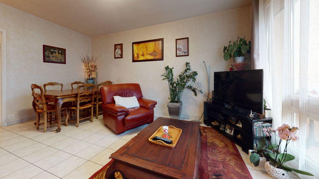 Appartement à vendre 4 81.97m2 à Onet-le-Château vignette-4