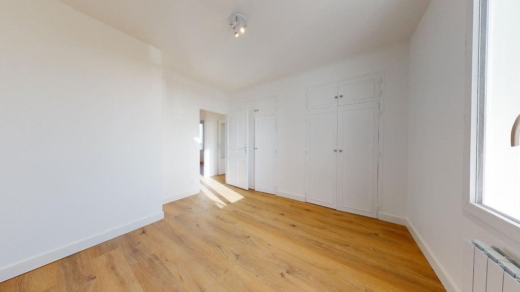 Appartement à vendre 5 100m2 à Luc-la-Primaube vignette-2