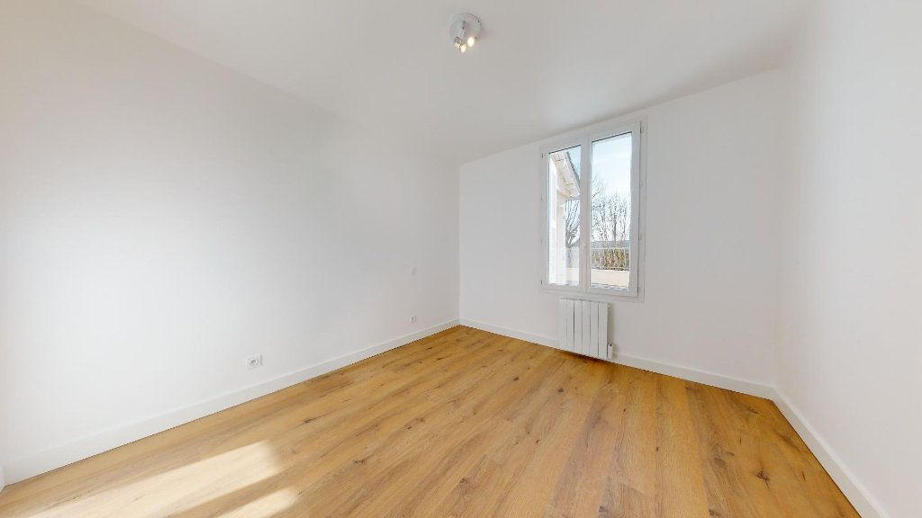 Appartement à vendre 5 100m2 à Luc-la-Primaube vignette-3