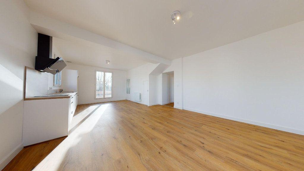 Appartement à vendre 5 100m2 à Luc-la-Primaube vignette-4