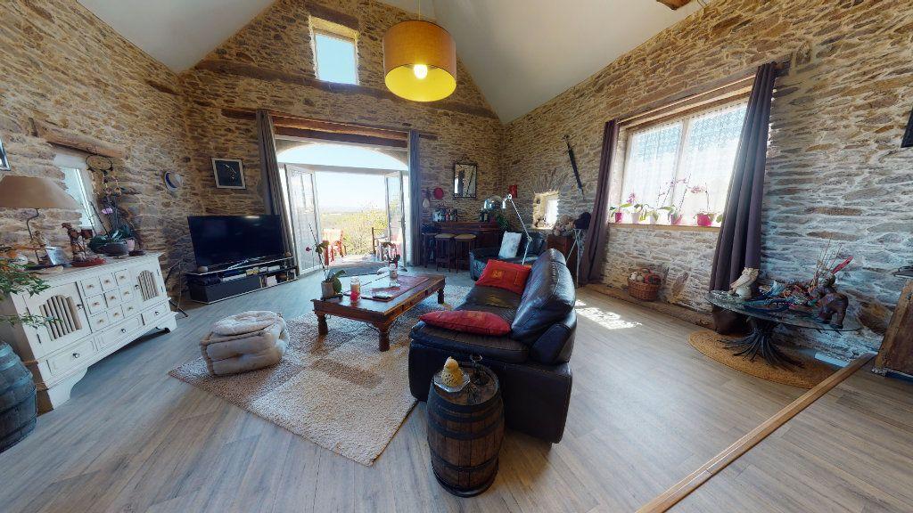 Maison à vendre 7 260m2 à Pradinas vignette-2