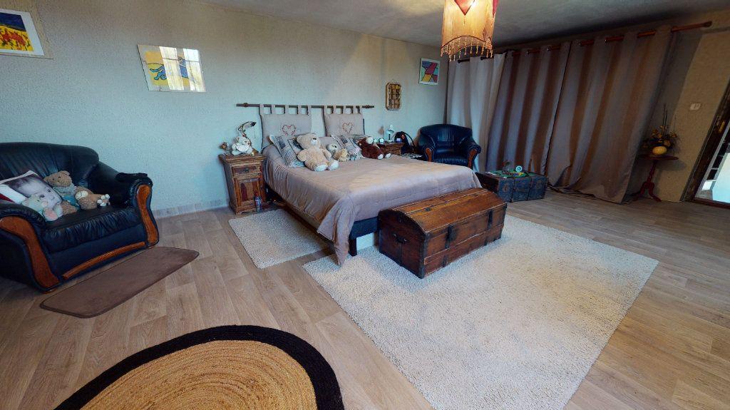 Maison à vendre 7 260m2 à Pradinas vignette-5