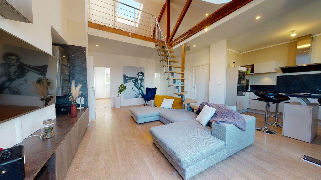 Appartement à vendre 4 95.89m2 à Rodez vignette-1