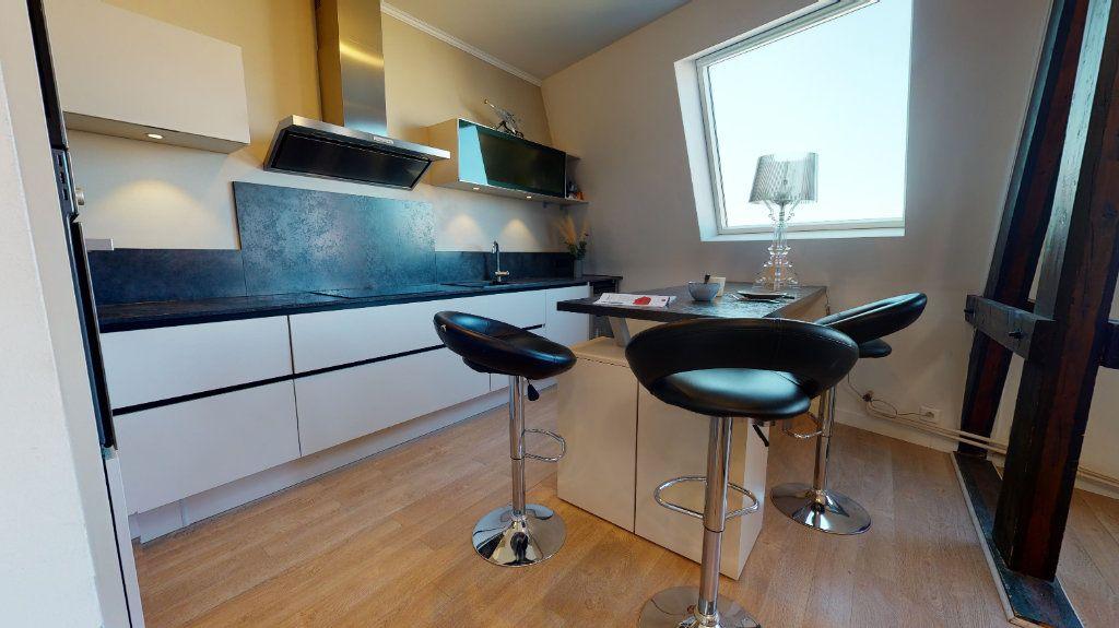 Appartement à vendre 4 95.89m2 à Rodez vignette-4
