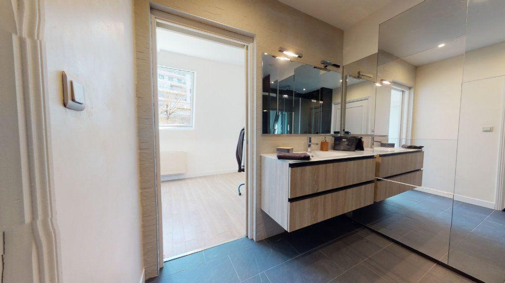 Appartement à vendre 4 95.89m2 à Rodez vignette-6