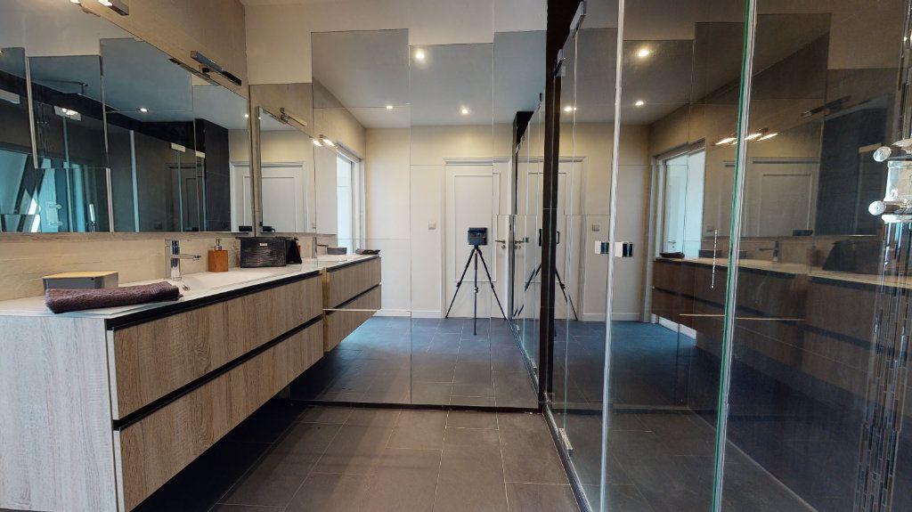 Appartement à vendre 4 95.89m2 à Rodez vignette-8