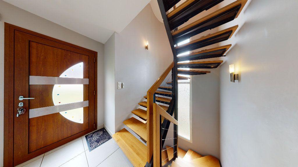 Maison à vendre 9 141.01m2 à Salles-Curan vignette-8