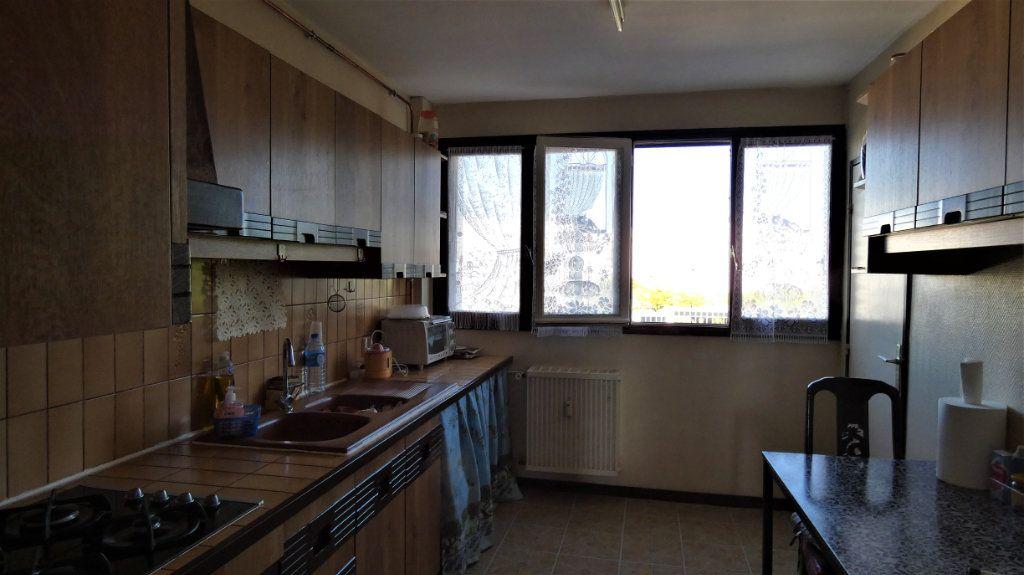 Appartement à vendre 4 77.39m2 à Orléans vignette-3