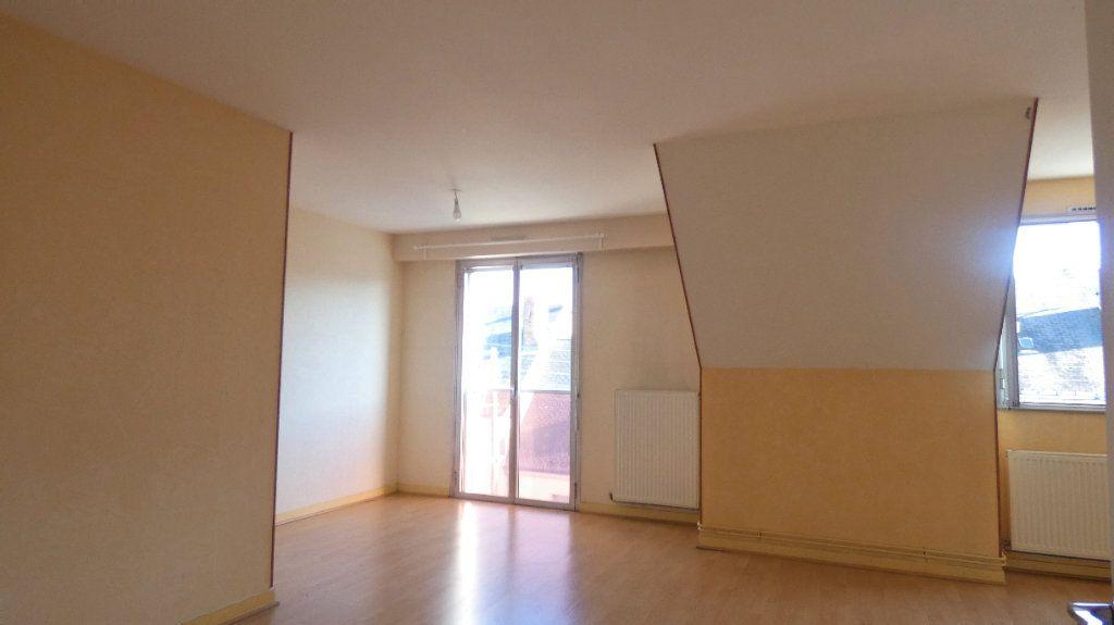 Appartement à vendre 2 64.28m2 à Orléans vignette-1