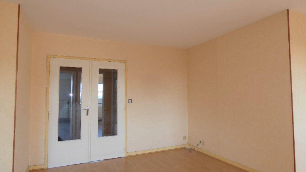 Appartement à vendre 2 64.28m2 à Orléans vignette-4