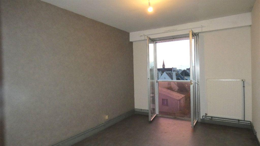 Appartement à vendre 2 64.28m2 à Orléans vignette-8