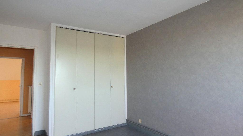 Appartement à vendre 2 64.28m2 à Orléans vignette-9
