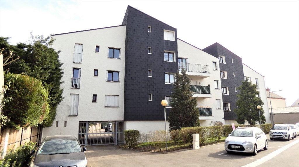 Appartement à vendre 4 76.75m2 à Orléans vignette-1