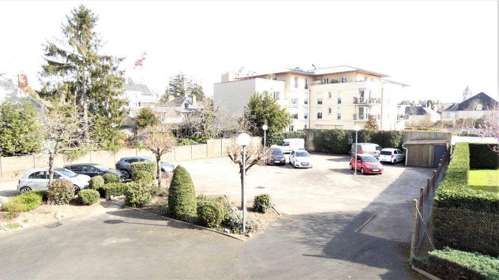 Appartement à vendre 4 76.75m2 à Orléans vignette-2