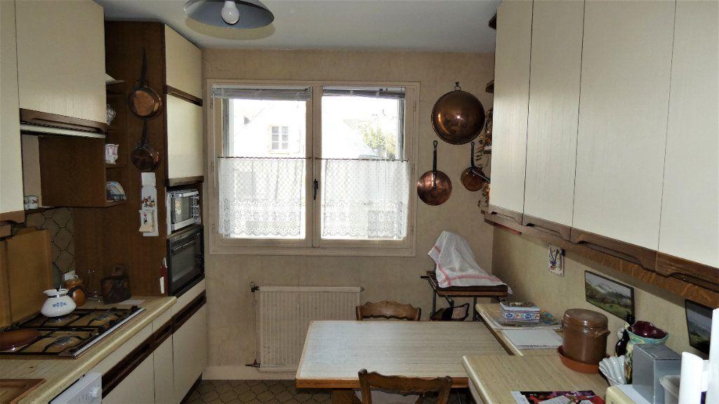 Appartement à vendre 4 76.75m2 à Orléans vignette-5